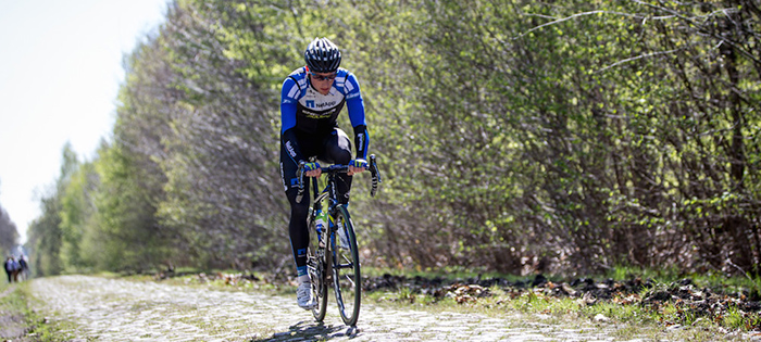 Sam Bennett recons the cobbles at Paris-Roubaix. Photo: BrakeThrough Media